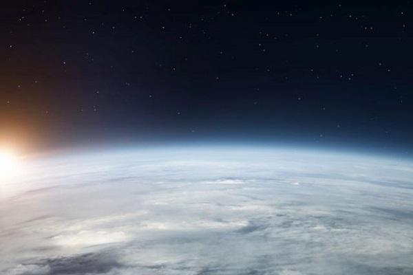 Планетата Земја од вселената
