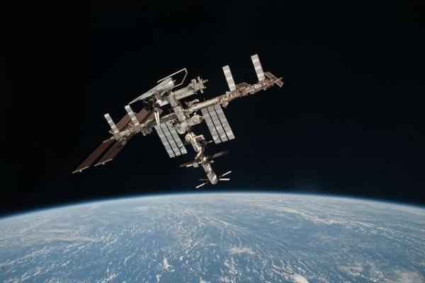 Летечки објект во вселената
