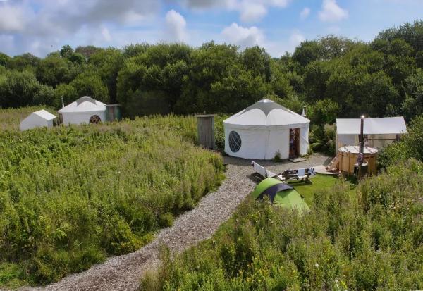 Што е глампинг и зошто морате да пробате ваков вид на кампување?