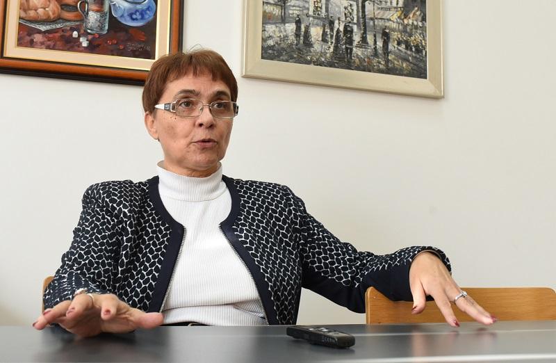 Како штикла на камче се однесуваат доградбите и балконите при земјотрес, вели професорката Елена Думова-Јованоска