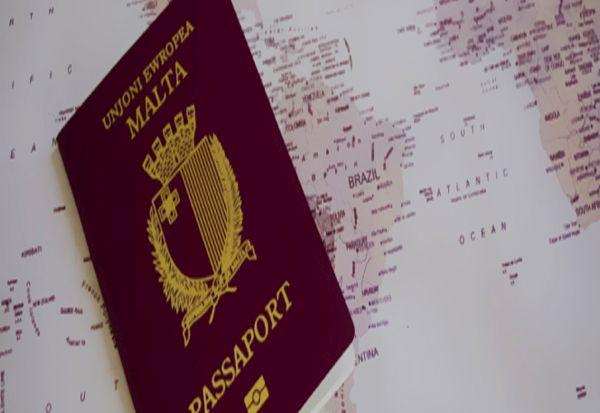 """""""Златните пасоши"""" на Малта: Зошто богаташите ги сакаат?"""