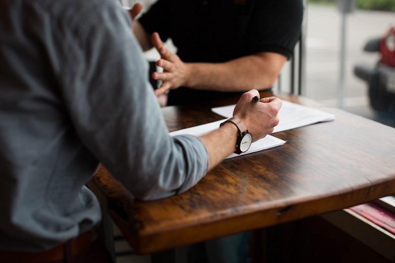 Како би изгледало кога би биле искрени на интервју за работа?