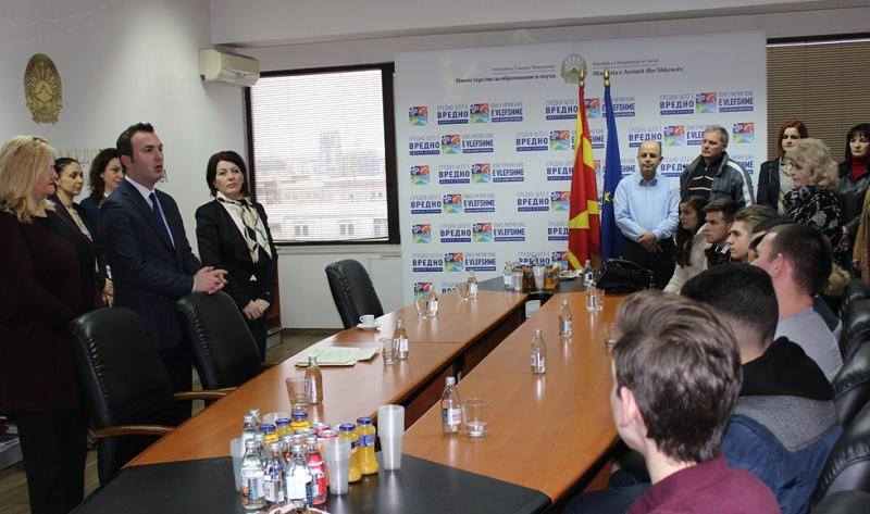 Ова се средношколците-лидери во стручното образование во Македонија