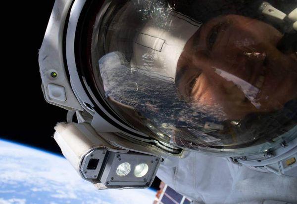 Астронаутката Кристина Кук си го заработи местото во учебниците по историја