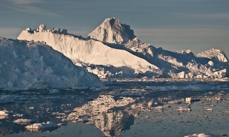 Топењето на мразот на Гренланд го зголемило нивото на морето за 2,2 милиметри за само два месеца