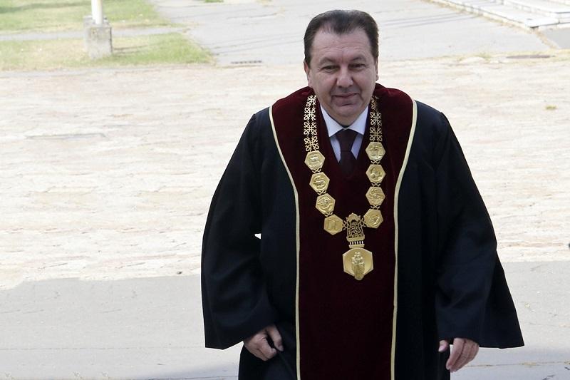 Ректорот Јанкуловски: Постапката за избор на ректор на УКИМ е во согласност со Законот за високо образование