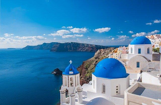 Да не се разочарате од одењето во Грција - Нема капење во сите базени, а собите ќе си ги одржувате сами