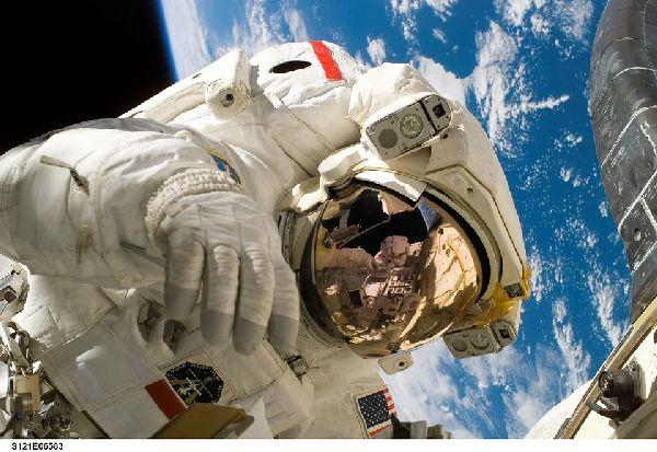 НАСА има нови историски договори со кои мирно и безбедно ќе се истражува во вселената