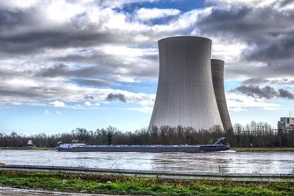 Покачувањето на радиоактивноста во Северна Европа е поврзано со активен нуклеарен реактор
