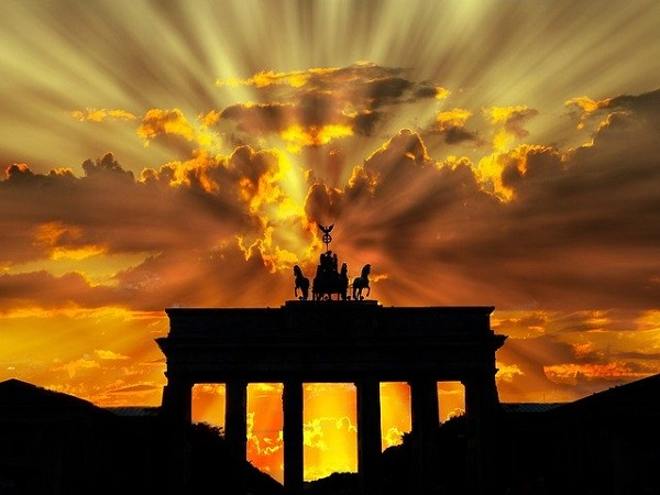Со основање бизнис во Германија може да се дојде до државјанство