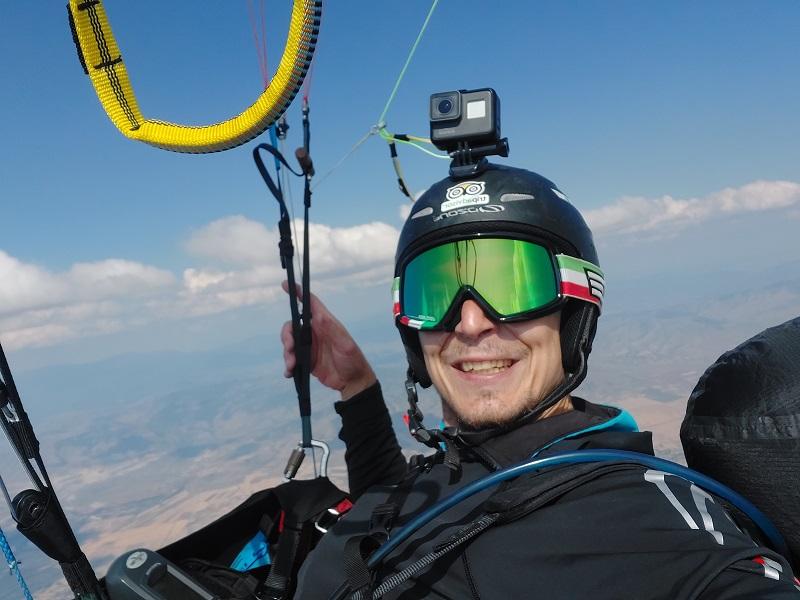 Од Водно до Меџитлија, Александар Гацевски го сруши рекордот за најдолг лет во Македонија со параглајдер