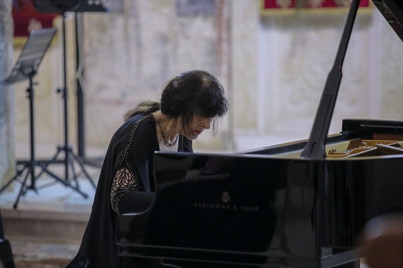 """Виртуозна изведба на руската пијанистка Наталија Трул на """"Охридско лето"""" по повод 250 години од раѓањето на Бетовен"""