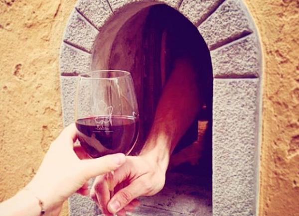 Во Италија се враќаат традиционалните вински прозорци од 17 век