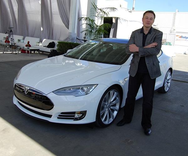 Златното правило за вработување на Илон Маск