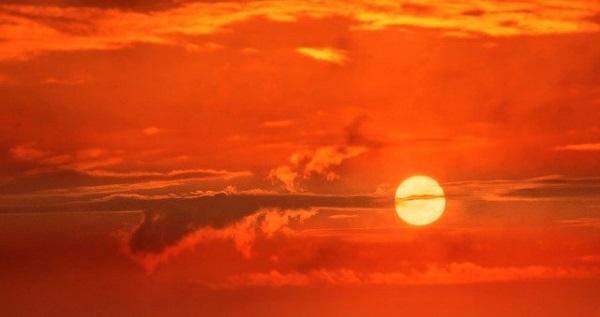 Јужноафрикански научници предлагаат да се придуши сончевата светлина за да се намалат сушите