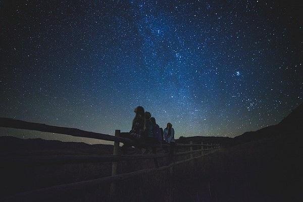 """""""Божиќната ѕвезда"""" ќе може да ја видиме на небото овој месец, првпат по 800 години"""