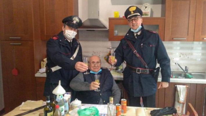 94-годишен Италијанец ја повикал полицијата на Божиќ зашто бил осамен