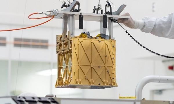"""НАСА ќе се обиде да произведе кислород на Марс со уред вграден во """"Персевиренс"""""""