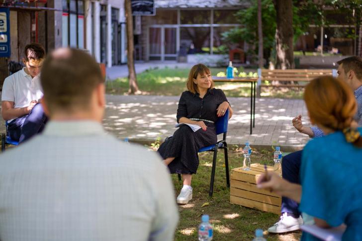Царовска: Студентските стипендии се зголемуваат на 6.050 денари